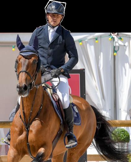 Laurent Guillet montant un cheval marron